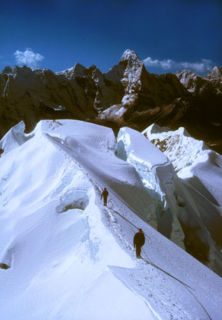 Summit Ridge, Imja Tse