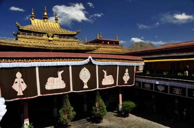 Tibet, Jokhang Temple