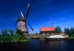 Windmill and yacht, Kinderdjik, Netherlands